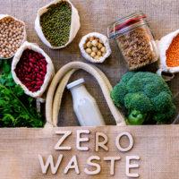 Conseils pratiques pour réduire son empreinte plastique
